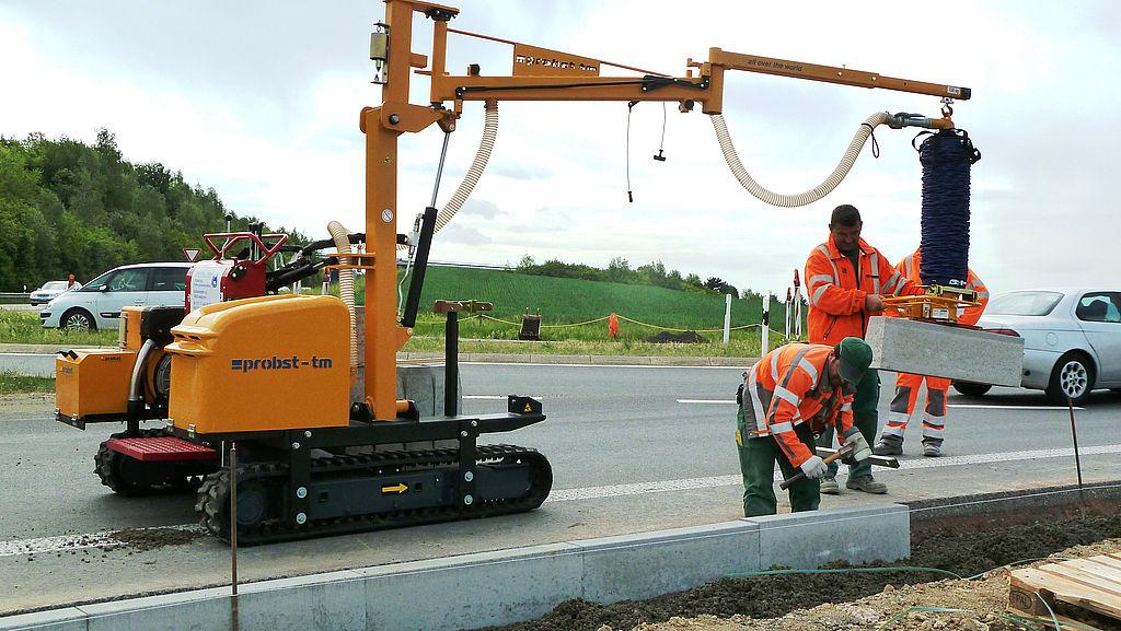 Instalatie de transport si montaj borduri Trans Mobil TM